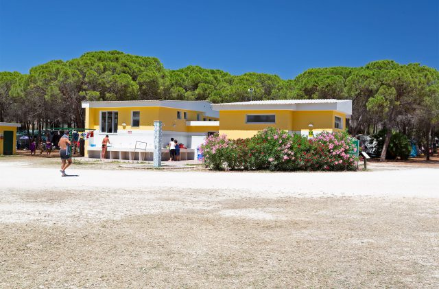 Sanitäre Einrichtungen im Camping Cala Ginepro