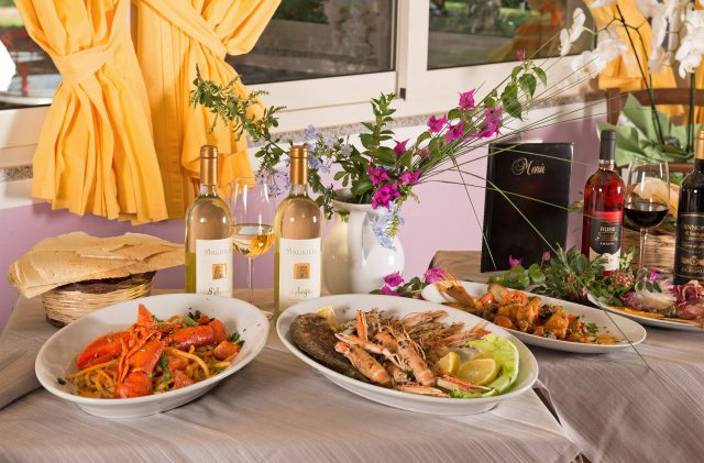 Delicacies of sea at the Camping Cala Ginepro Restaurant
